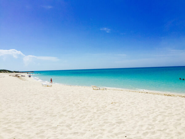 North America Travel Guide - Playa Perla Blanca Comes With Beautiful Turquoise Waters