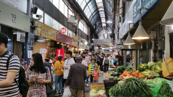 Tongin Traditional Market - street food in Seoul