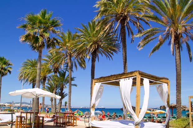 The Best Places in Ibiza to Visit - Playa d'en Bossa A Good Place For Night Life