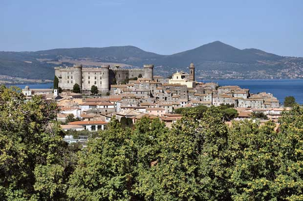 Beautiful Lakes in Italy - Lake Bracciano A Great Location For Diving
