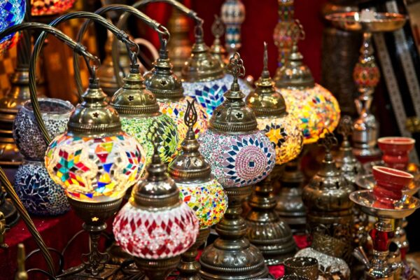Best Attractions to See in Muscat - Mutrah Souq A Place to Buy Omani Souvenirs