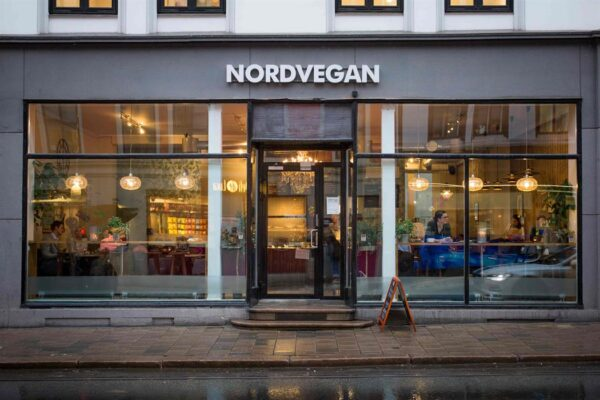 Top Vegetarian Restaurants in Oslo - Nordvegan Serves Healthy Asian Food