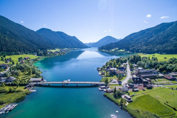Most Beautiful Lakes in Austria - Weissensee Becomes A Spectacular Skating Rink