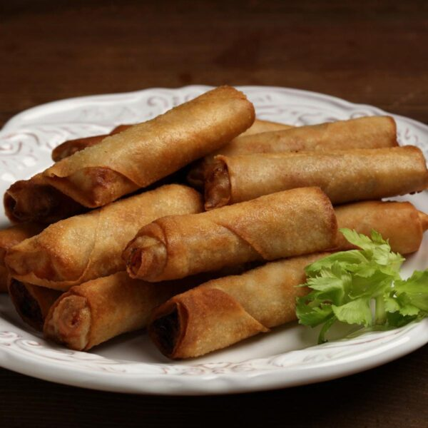 Most Delicious Foods to Eat in Philippines - Filipino Lumpia is Egg Rolls With Meat Inside