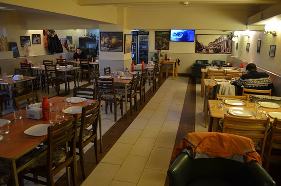 "Top Cheap Restaurants in Baku - Kafe ""Arishta"" is Located Near Shakespeare Bar"