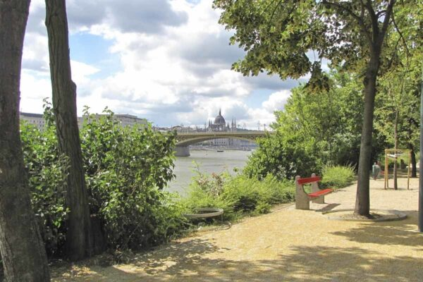 What To Do in Hungary - Margaret Island Near The Danube River And Has A Track For Jogging