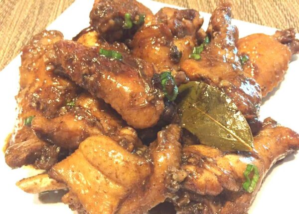 Philippines Travel Tips - Philippine adobo is Chicken With Soy Sauce And Black Pepper