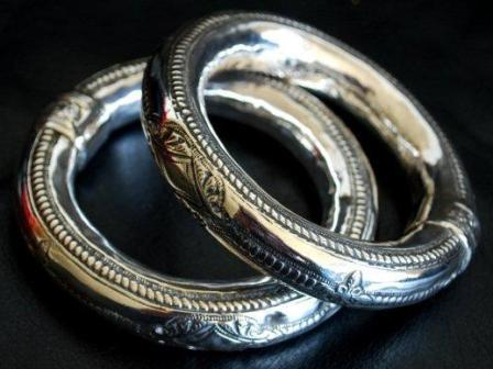 Best Souvenirs to Get in Oman - Silver Crafts Have Extraordinary Quality in the Region