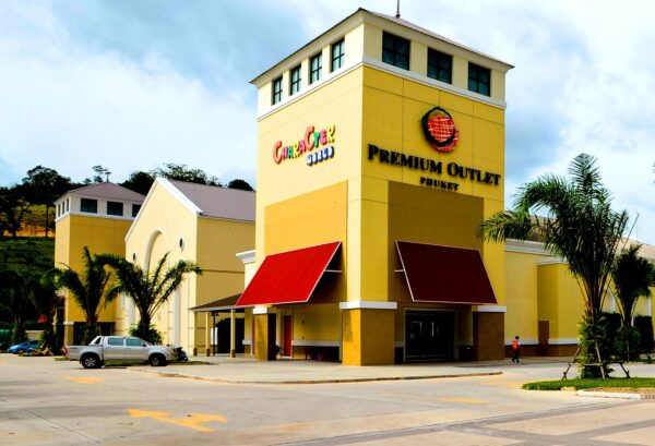 Best Shopping Malls in Phuket - Premium Outlet Phuket Has Over 50 Boutiques