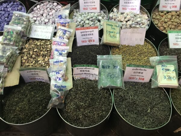 Best Thailand Souvenirs to Buy in Bangkok - Thai Tea is Nice Specially Cha Yen, Matum And Puer Tea