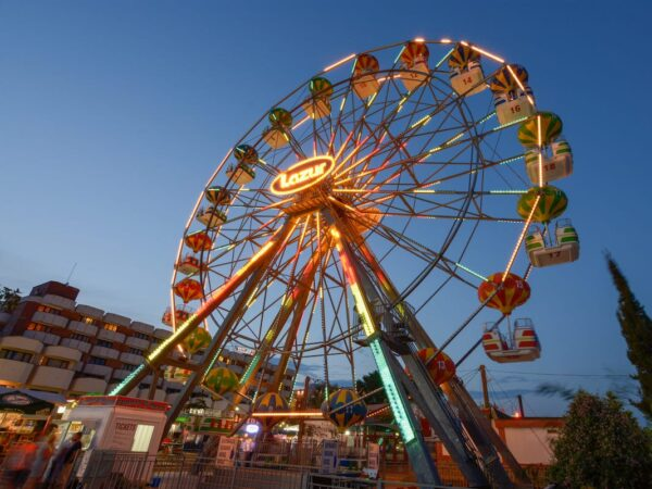 Sunny Beach Bulgaria - Sunny Beach Amusement Park is A Nice Place For You And Your Children