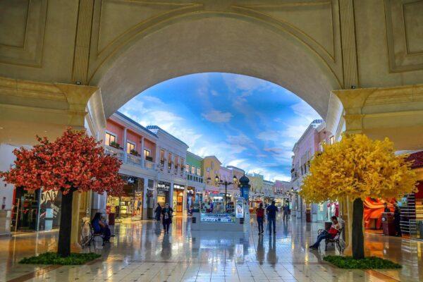 Top Malls in Qatar - Villaggio Mall is Beautiful And Reminiscent of Venice in Italy