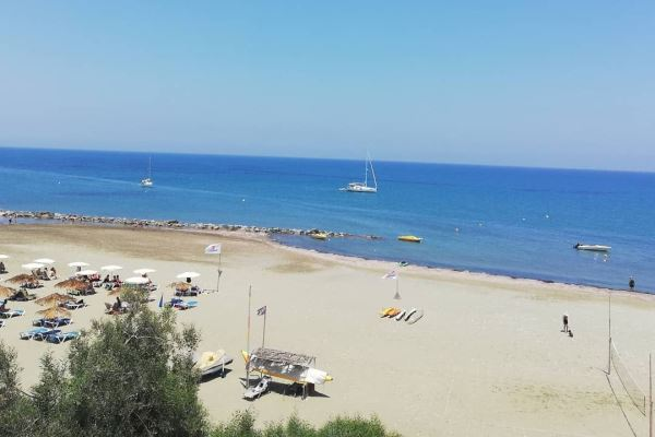 Larnaca Beaches Guide For Tourists - Faros Beach Offers A Lot of Beach Activities