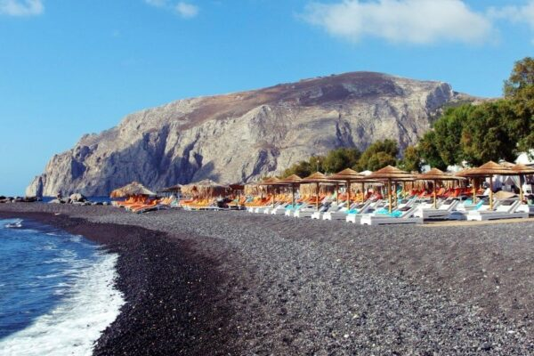 Beaches in Santorini - Kamari Beach is A Heavenly Landscape on Earth And Good For Swimming