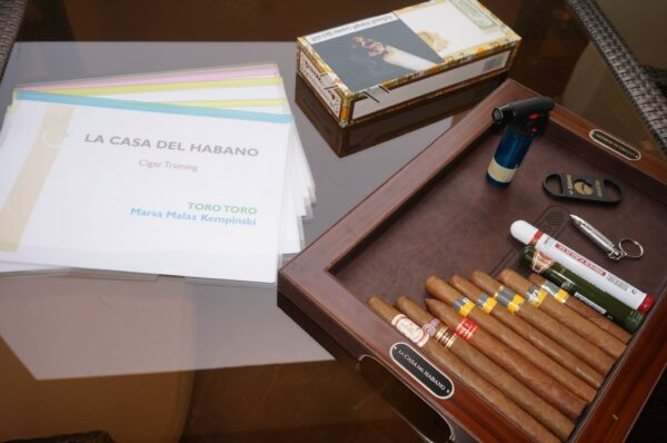 Middle East Travel Tips - La Casa Del Habano Offer Many Varieties And Tasting cigars