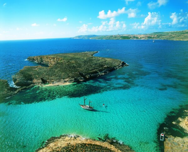Malta Beaches Travel Guide