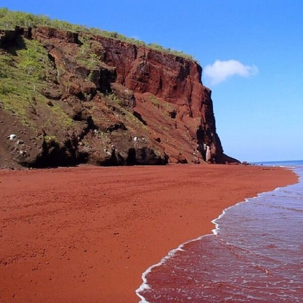 What to Do in Greece - Red Beach is Located Just 20 Minutes Drive From Fira