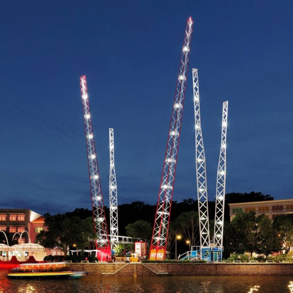 Singapore Tourist Attractions Guide - Slingshot Singapore is Located in Clarke Quay