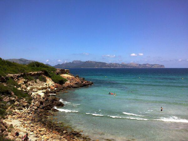 A Guide to Alcudia Beaches - Playa de Sant Joan Borders The Platja de San Pere