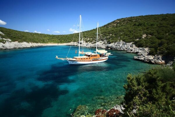 Top Beaches in Marmaris - Amos Beach is Located in The City of Turunç With Clean Waters