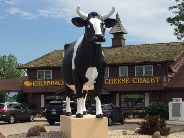 Wisconsin Cheese Shops - Ehlenbach's Cheese Chalet Inc Provides Handmade Fudge Candies