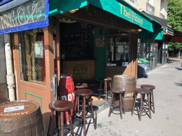 Travel Guide France - The Harp Bar is Located At Boulevard de Clichy