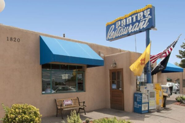 Santa Fe Restaurants Guide - The Pantry Has Been Serving Comfort Food Since 1948