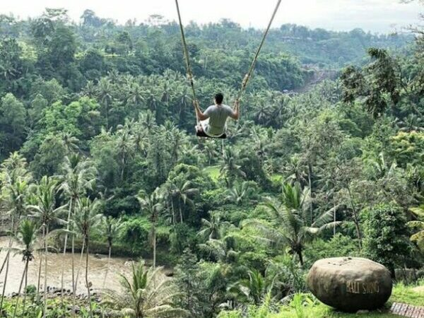Experiencing Indonesian Bali Island As A Bali Tourist - Bali Swing is Where You Can Take Memorable Photos