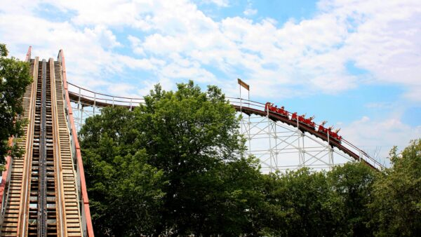 Frontier City Has Many Beautiful Rides Suitable For Children - USA Travel Tips