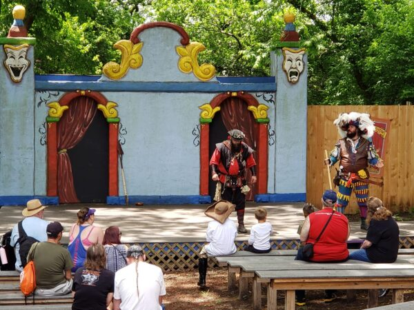 Medieval Fairs - Scarborough Ren Festival Offers Animal And Dance Shows And Music Theaters