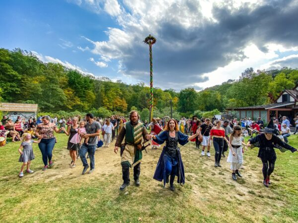Top Renaissance Fairs in USA - The New York Renaissance Faire Has Amazing Pub Crawl