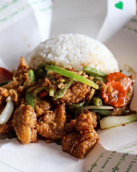 Tuk Tuk Thai Offers Fast And Affordable Thai Food - A Guide to Restaurants in Calgary
