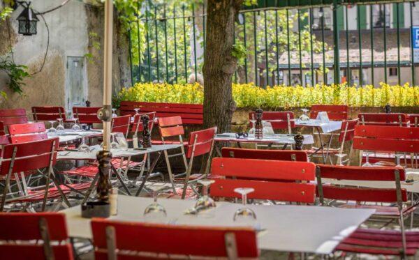 Café du Soleil is Famous for Swiss Fondue Cheese - Travel Guide Switzerland